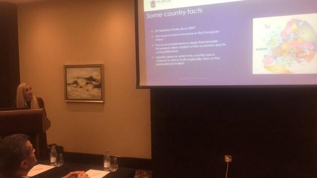 Доц. д-р Юлия Добрева, ВУЗФ, представи българската стратегия за иновации на конференция в Доха, Катар