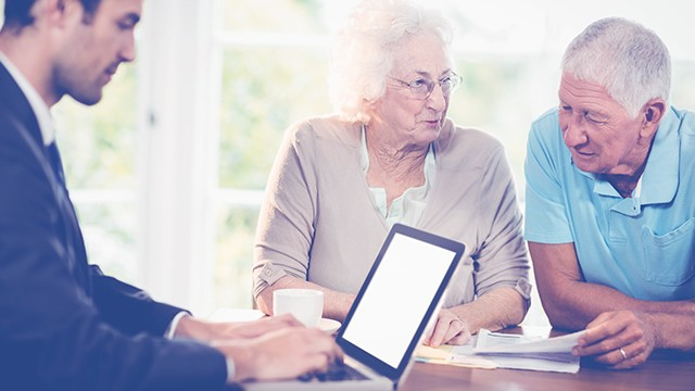 Пенсионно и здравно осигуряване