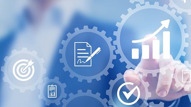 Информационни технологии и бизнес стратегии