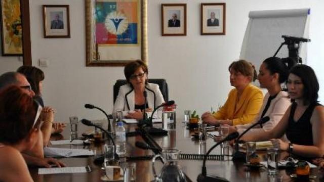 """ВУЗФ домакин на инициативата """"Жените в бизнеса срещу рака на гърдата"""""""