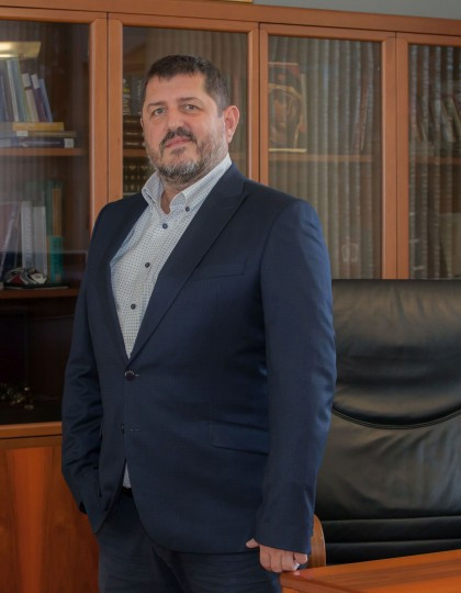 Assoc. Prof. Radostin Vazov