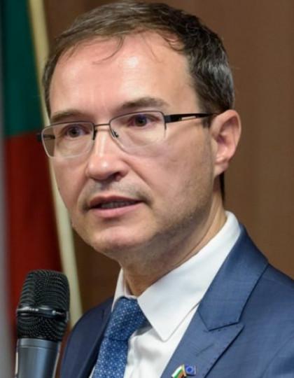Доц. д-р инж. Боян Жеков