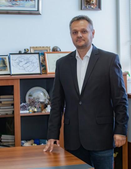 Доц. д-р Яким Китанов