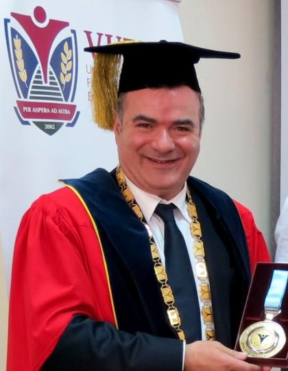 Джовани Калабрò