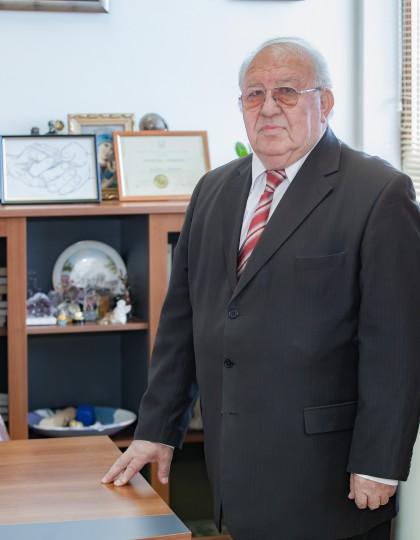 проф. д-р Радослав Габровски
