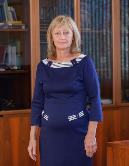 проф. д-р Любка Ценова
