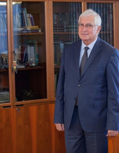 Prof. Boyan Durankev